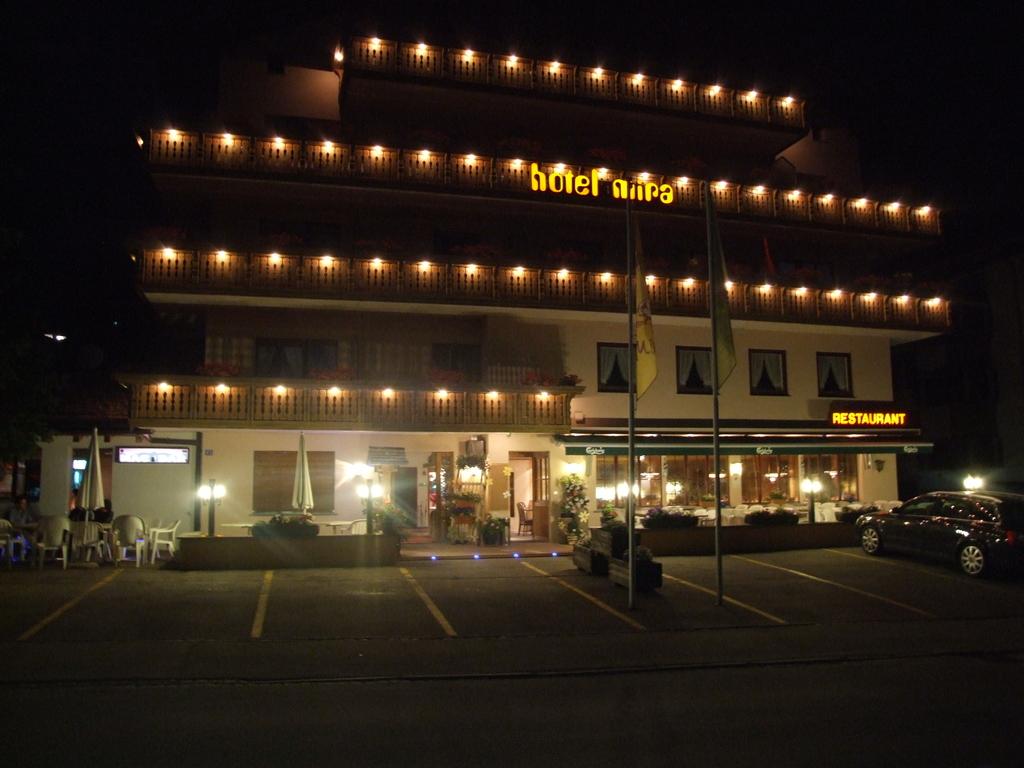 Mira Hotel Restaurant